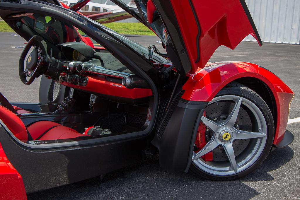 2015 Ferrari LaFerrari wheelwell