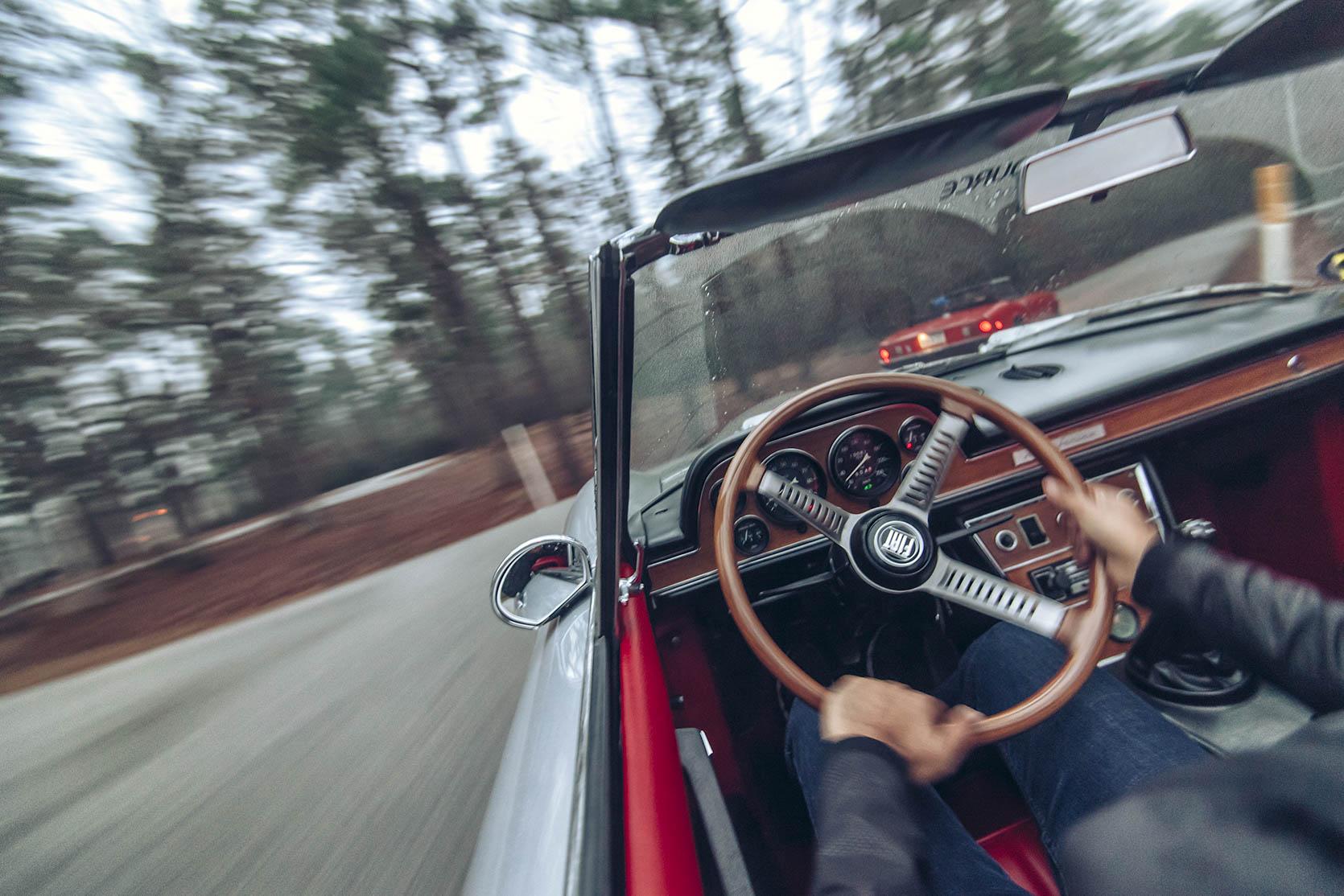 1970 Fiat Dino 2400 Spider steering wheel