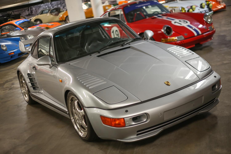 Porsche Petersen vault slant nose 911