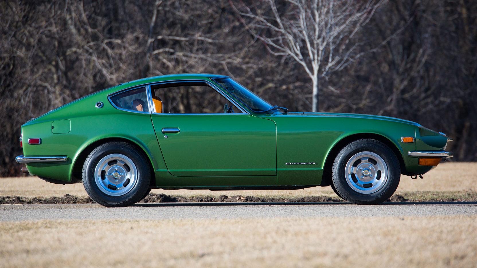 1972 Datsun 240Z profile