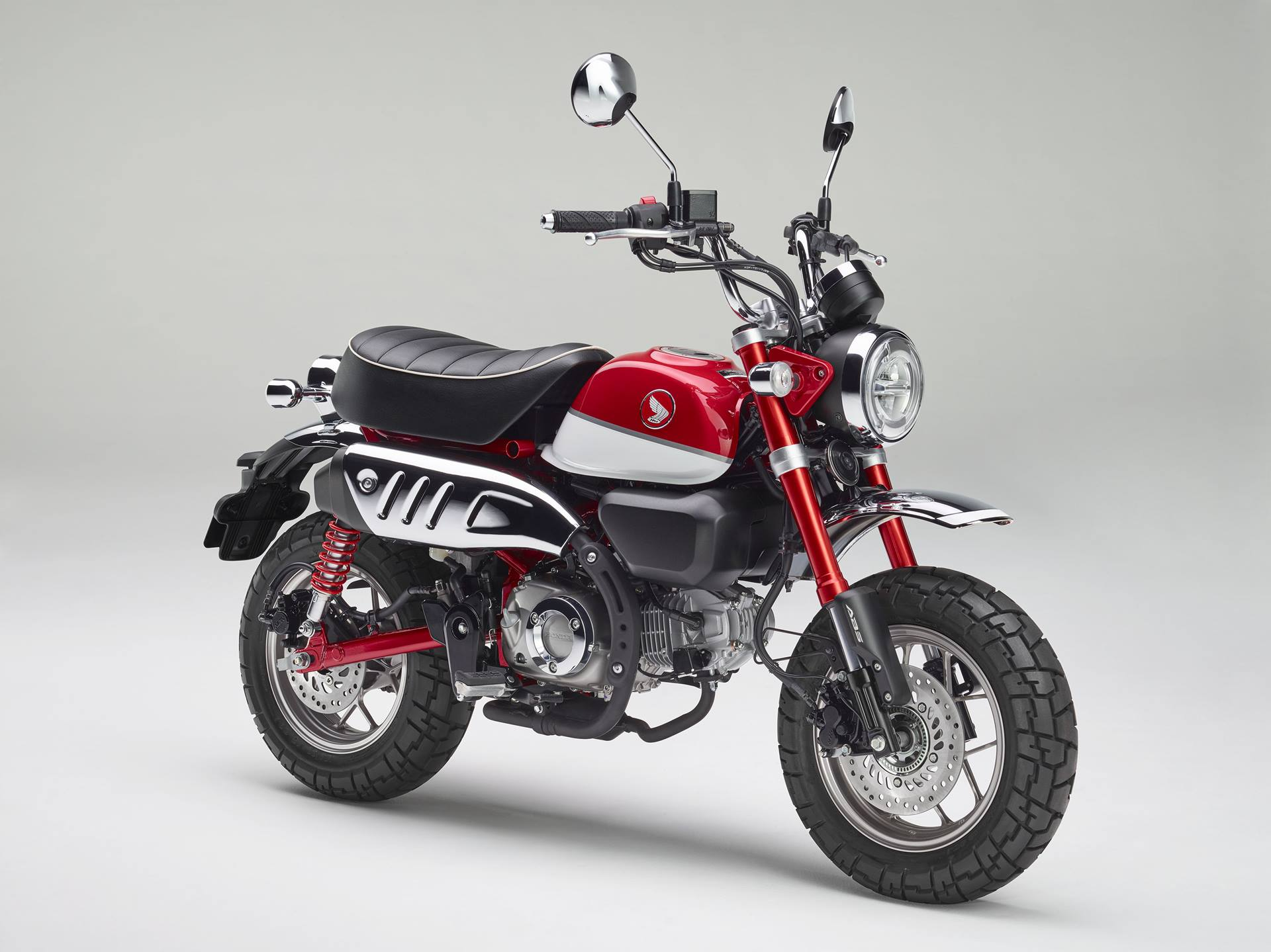2019 Honda Monkey red press photo