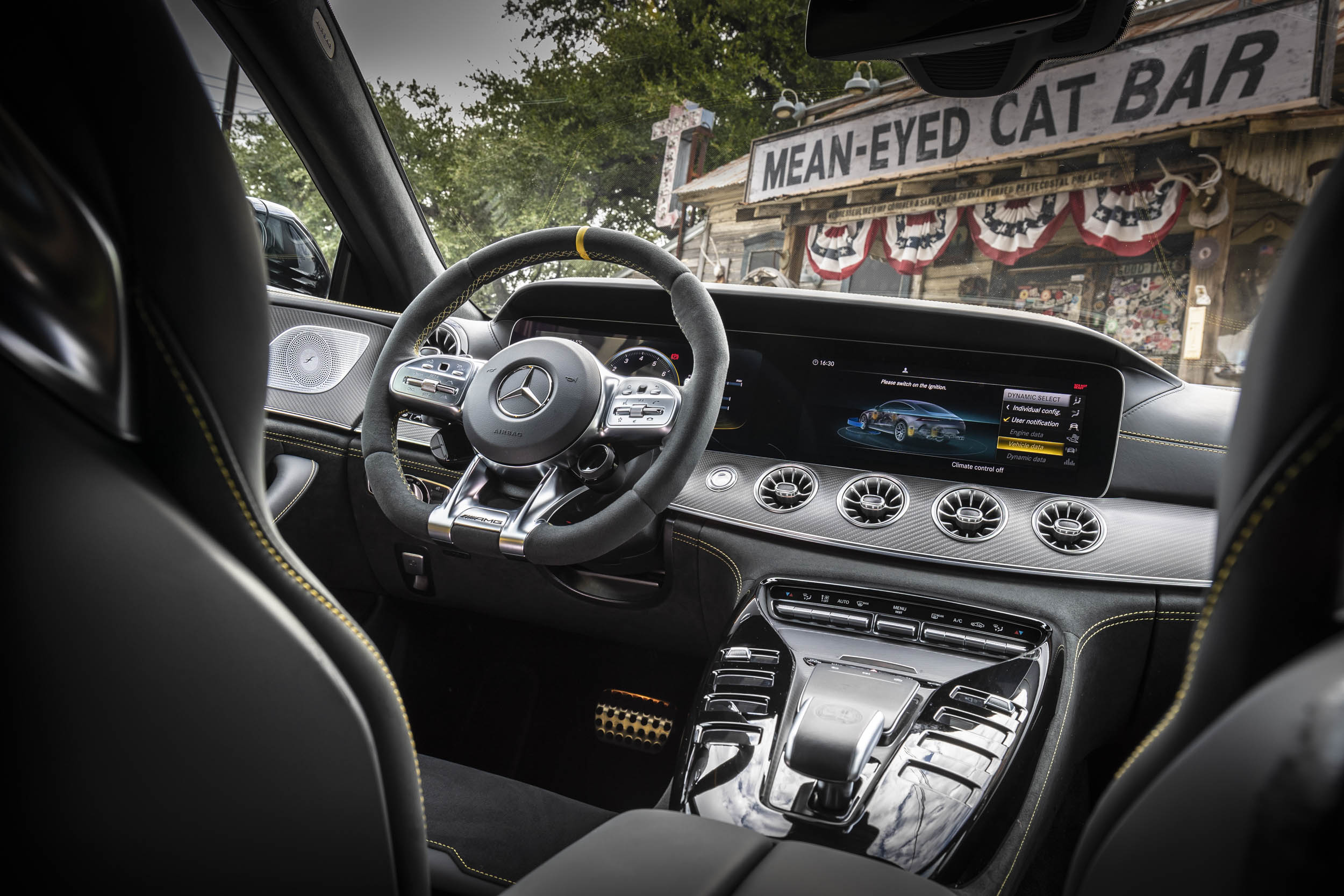Mercedes-AMG GT 63 S interior