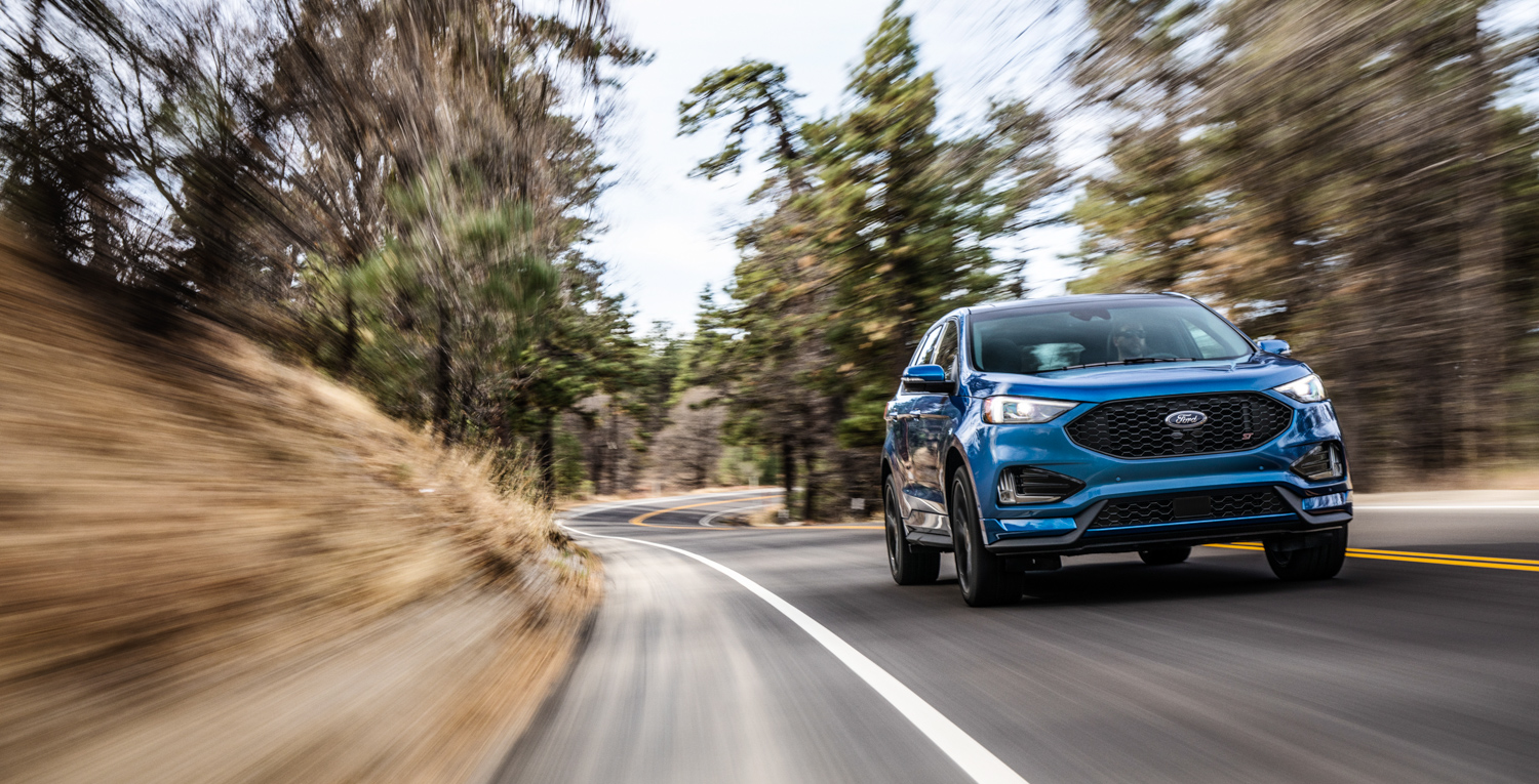 2019 Ford Edge ST winding road