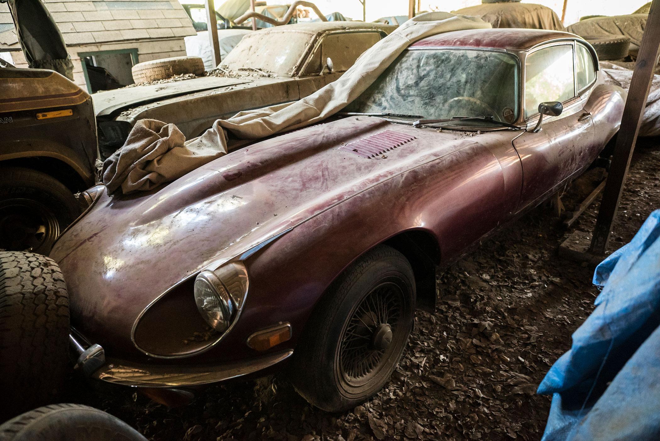 Barn find Jaguar E-type coupe