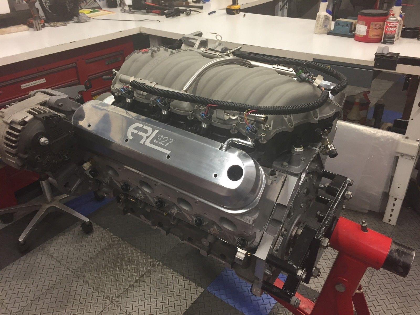 2006 Chevrolet Corvette flat-plane-crank engine