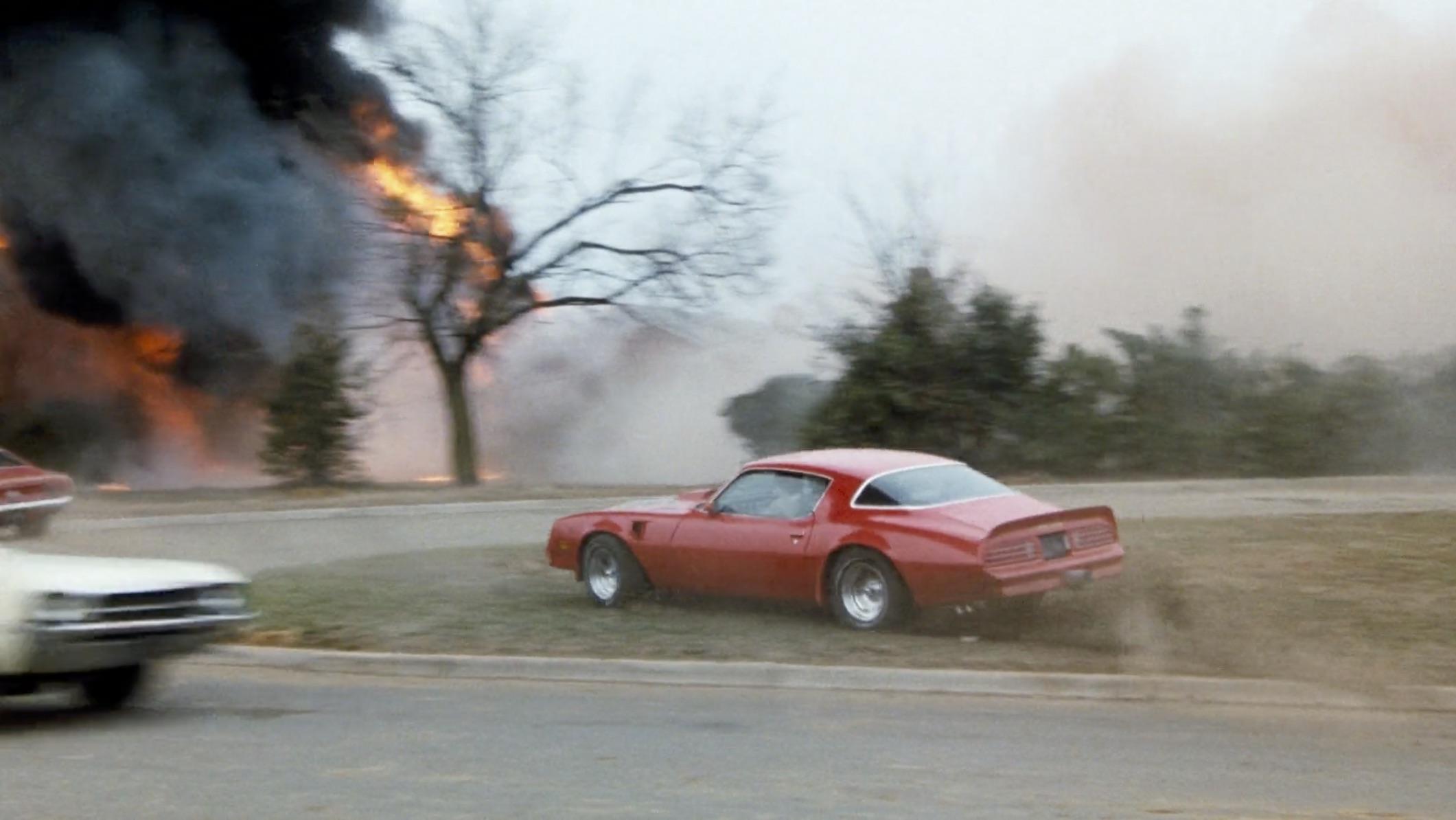 Burt Reynolds Hooper firebird chase