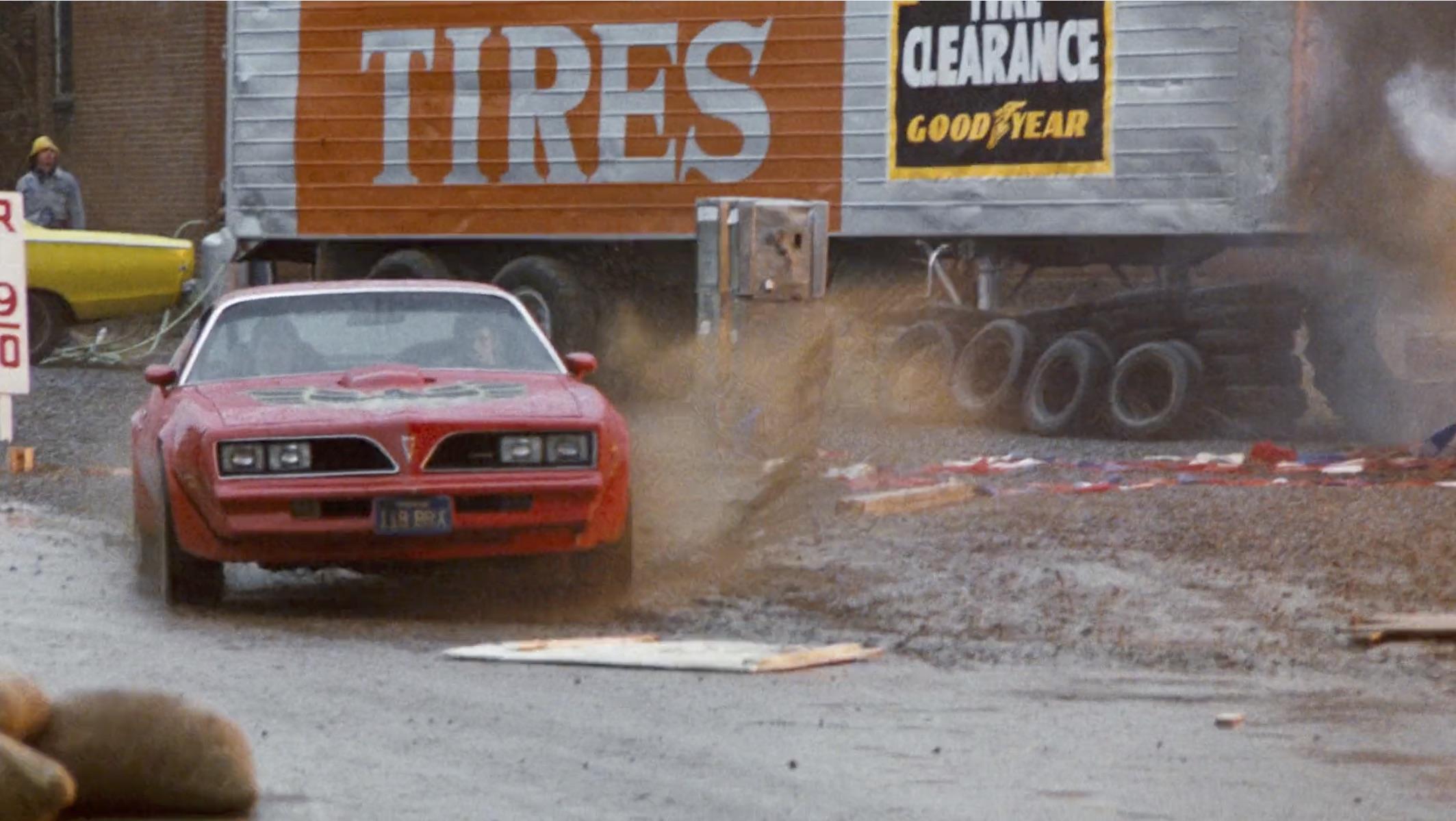 Burt Reynolds Hooper firebird mud chase