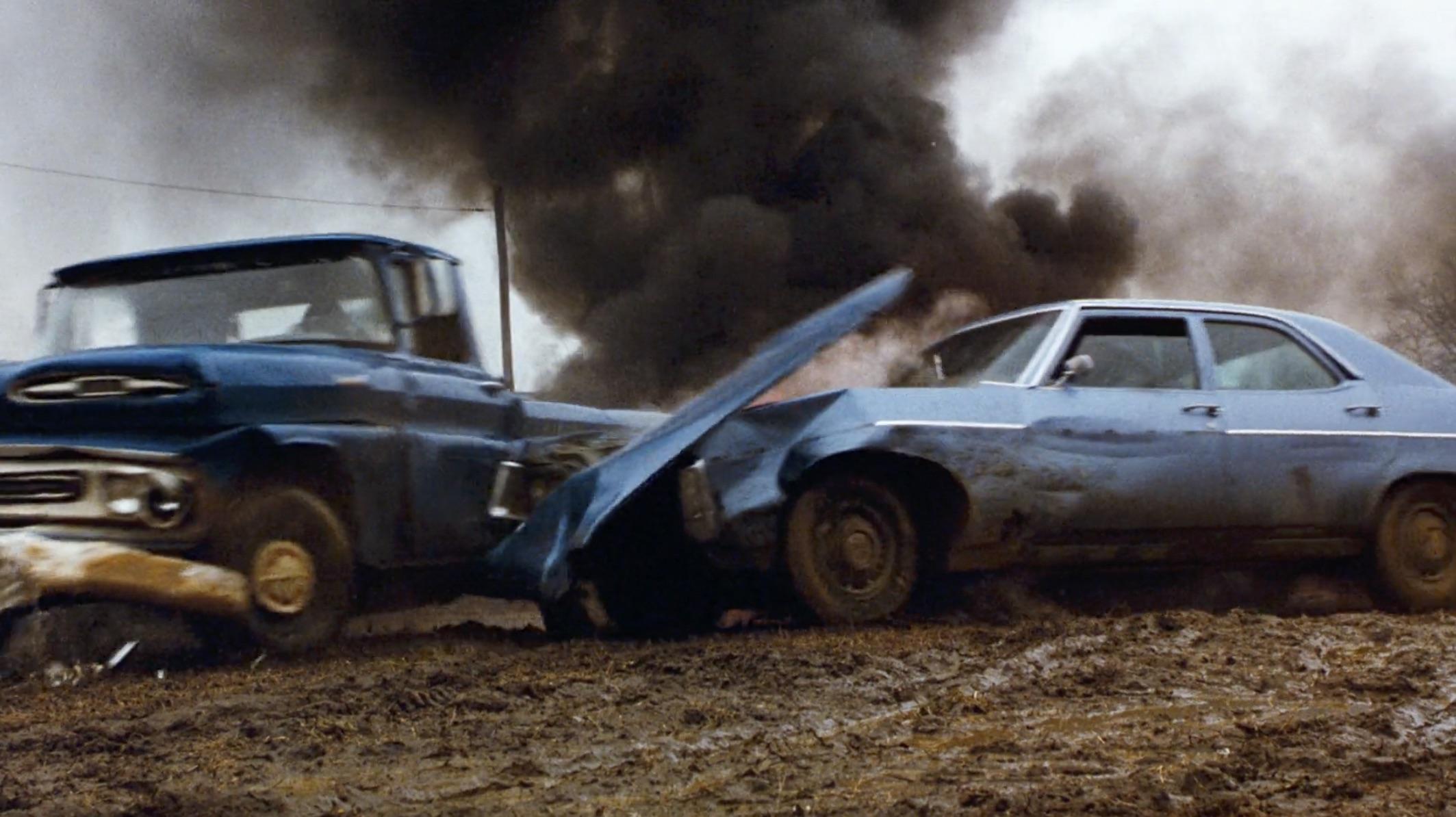 Burt Reynolds Hooper truck and car crash