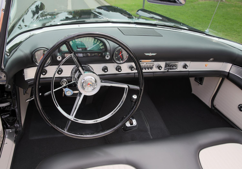 Marilyn Monroe's 1956 Ford Thunderbird dashboard