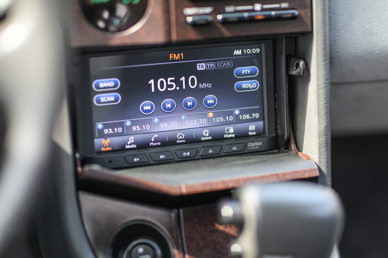 clarion builds 1992 subaru svx infotainment screen