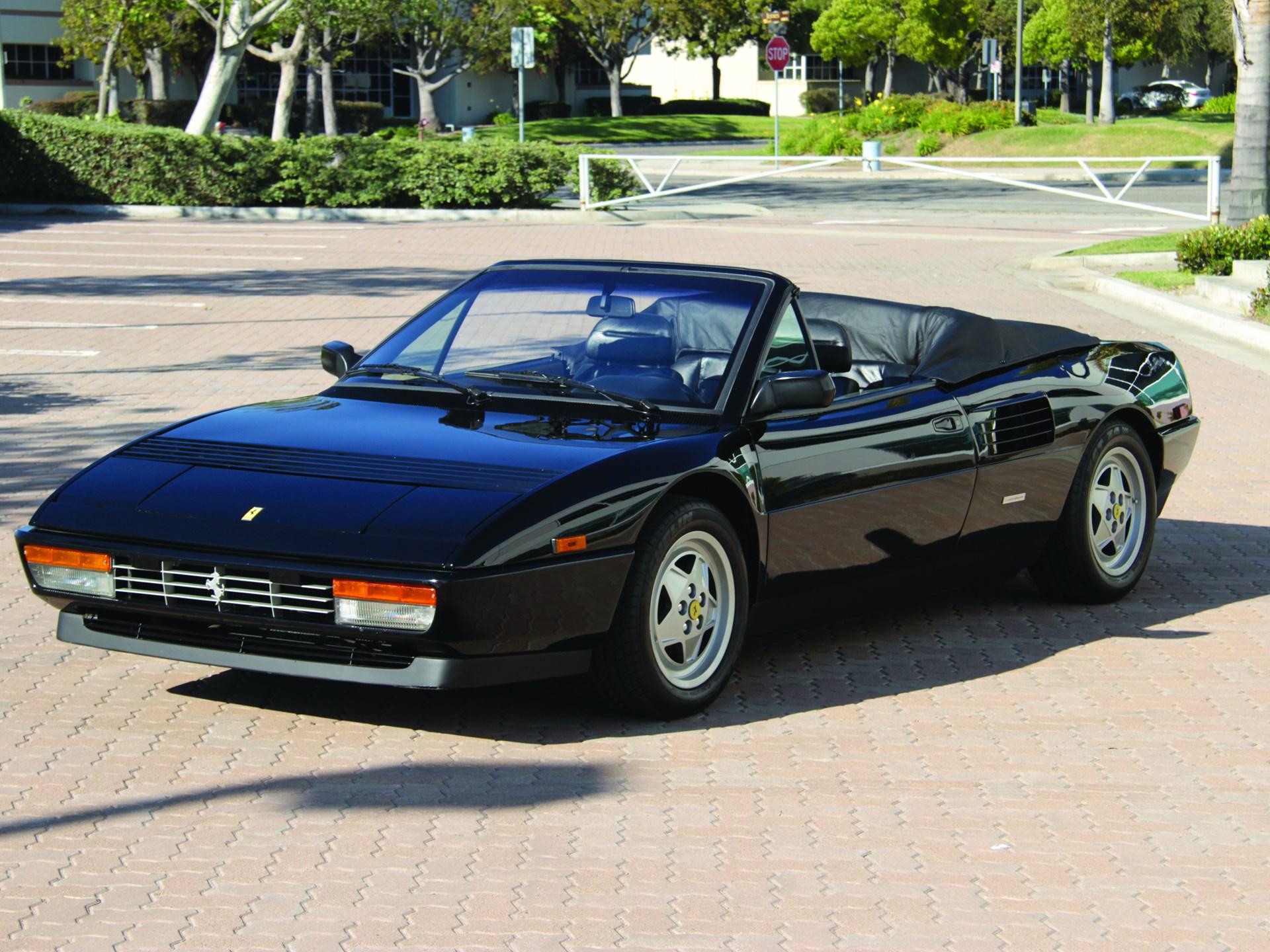 1989 Ferrari Mondial T front 3/4