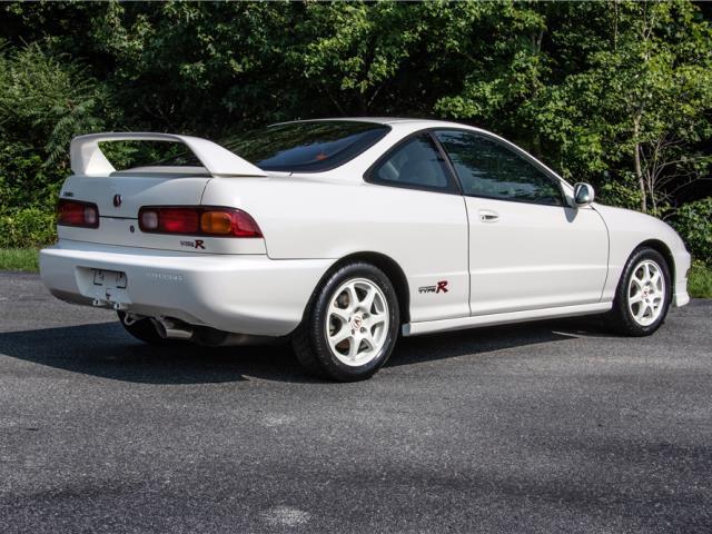 Import Invasion 1997 Acura Integra Type R Sells For Shocking 63800