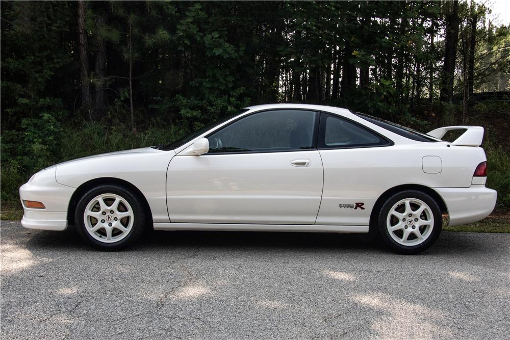 1997 Acura Integra Type R profile