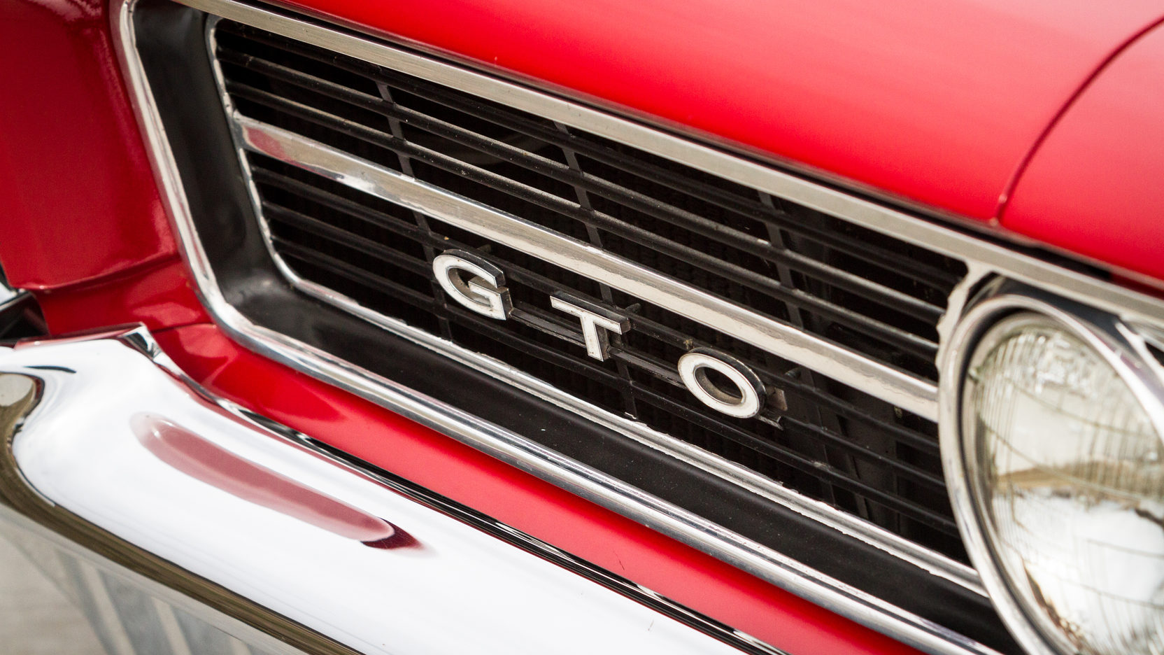 1964 Pontiac LeMans GTO badge grill