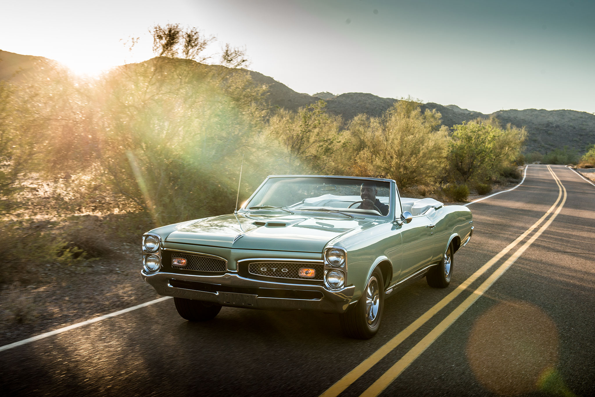 1967 Pontiac GTO convertible desert highway