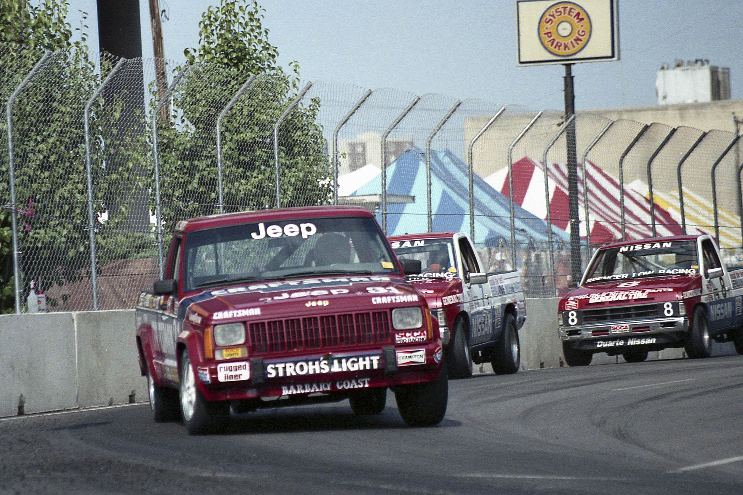 89 Des M-31race truck