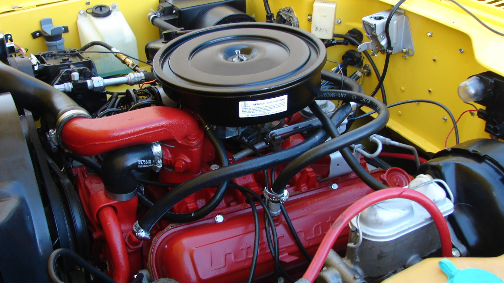 1975 International Scout 345-cubic-inch V-8 engine