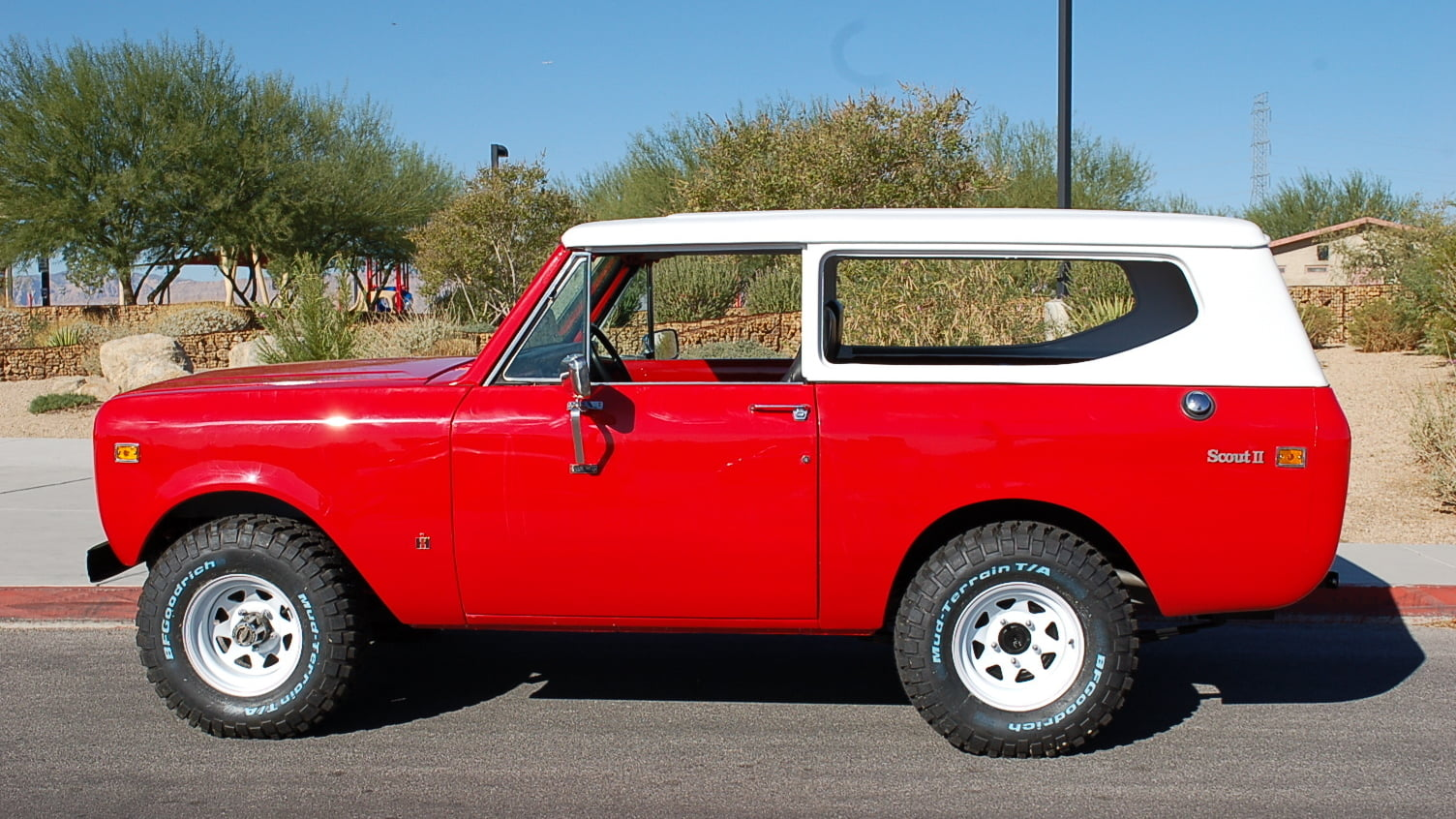 1978 International Scout II profile