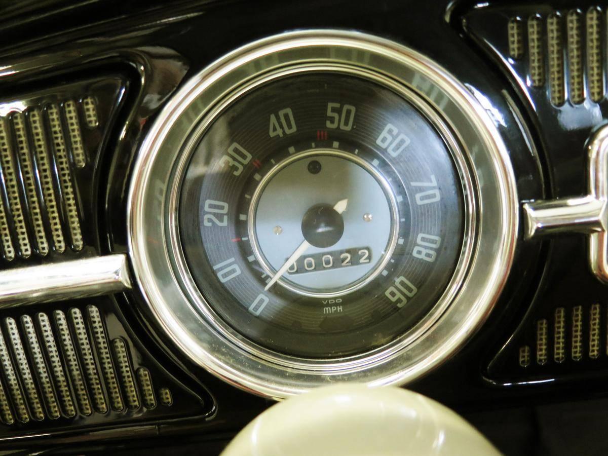 1964 Volkswagen Beetle 23 miles spedo and odometer