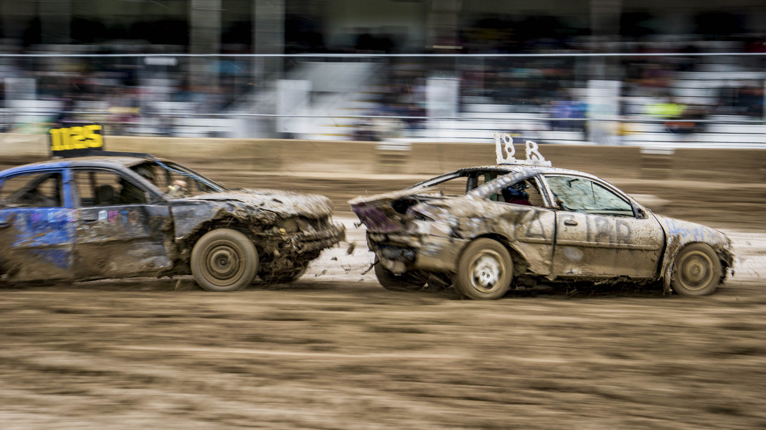 demolition derby dirt track