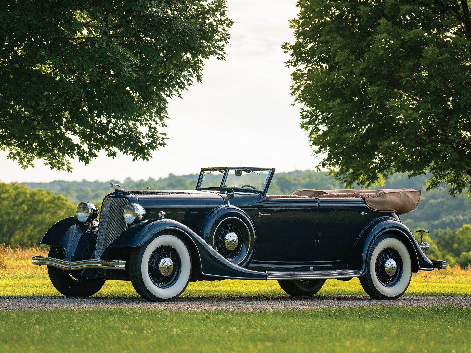 1934 Lincoln Model KB Convertible Sedan