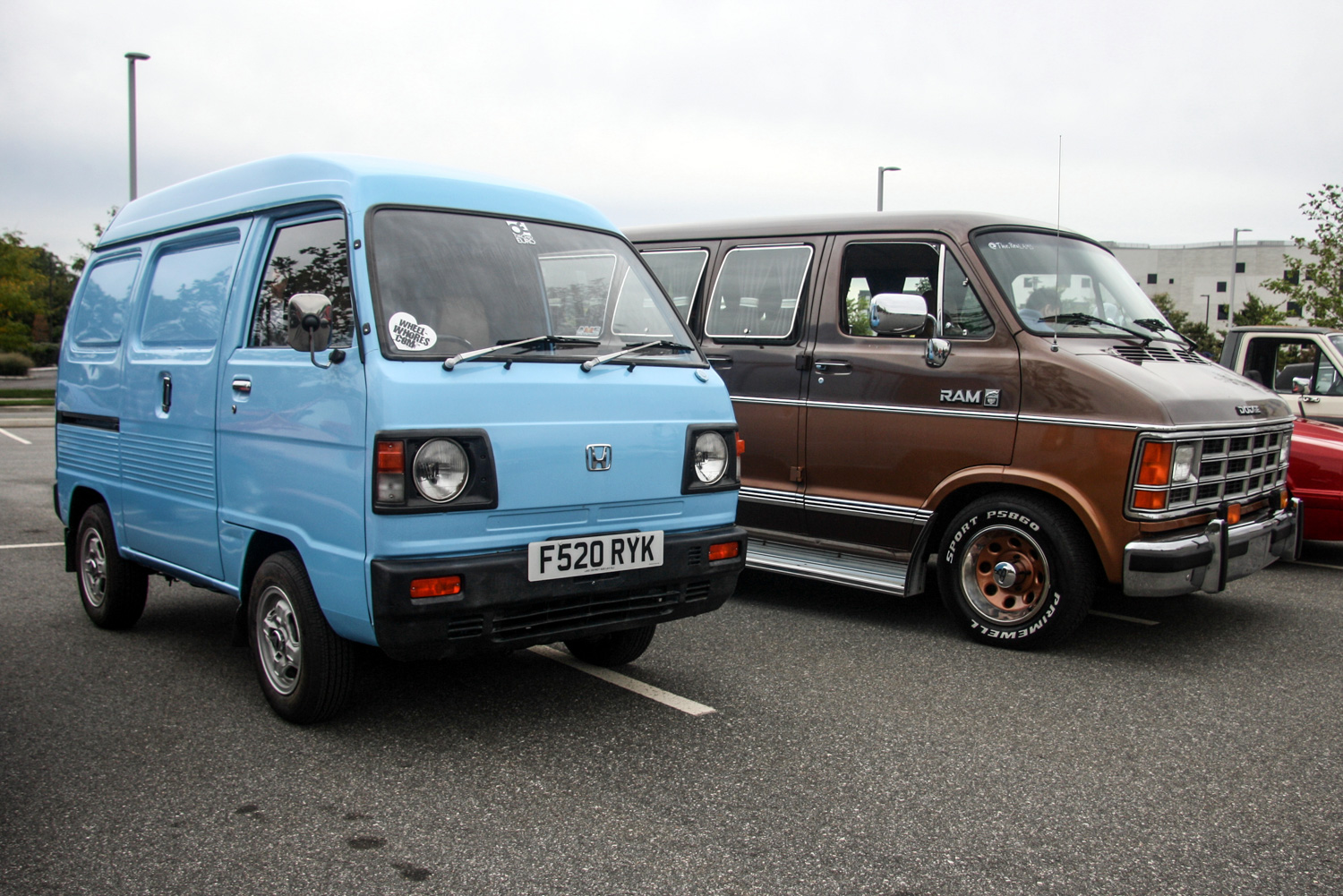 A Kei van and a Dodge van, '80s-style.