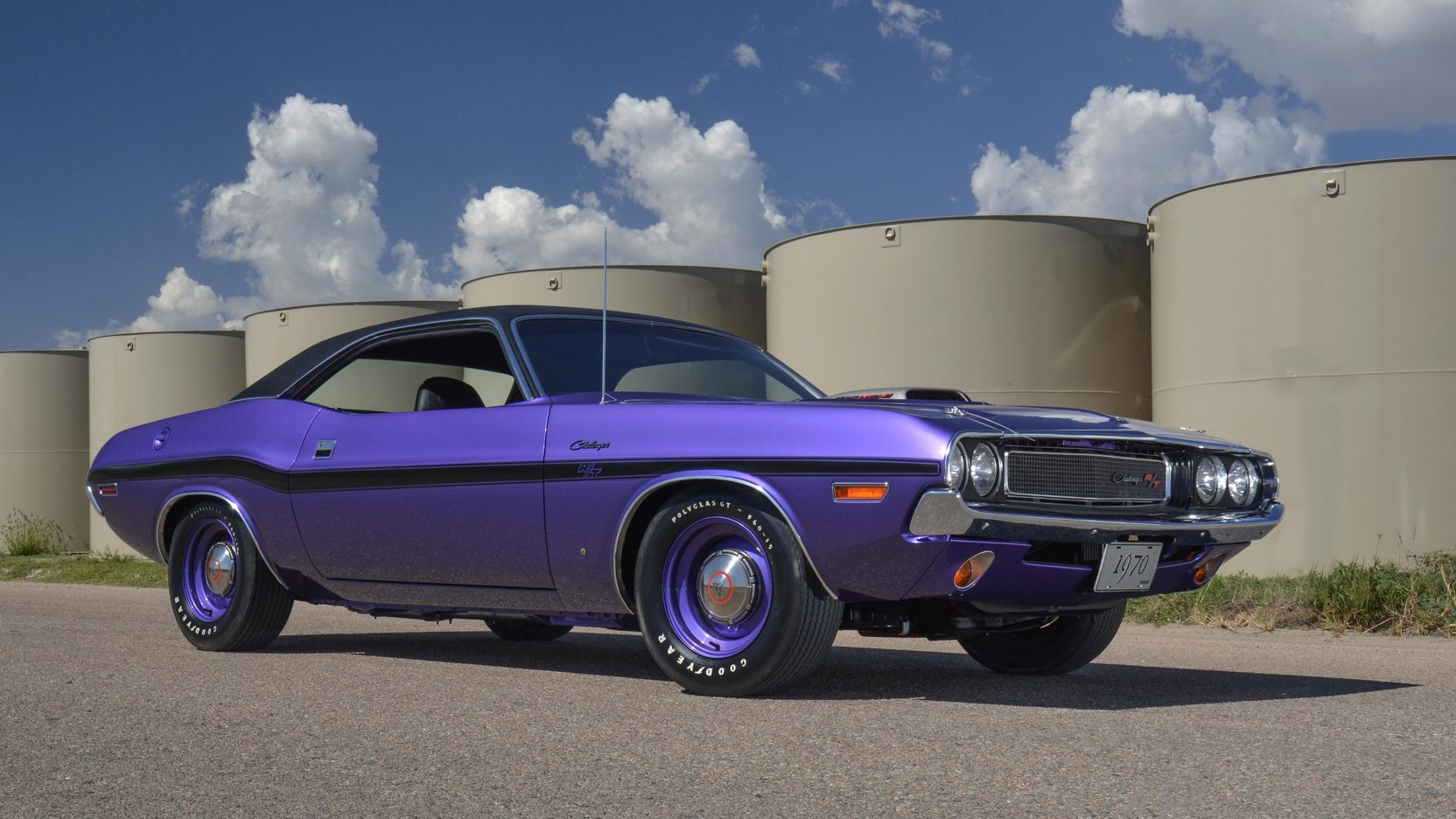1970 Dodge Challenger R/T Purple 3/4 front