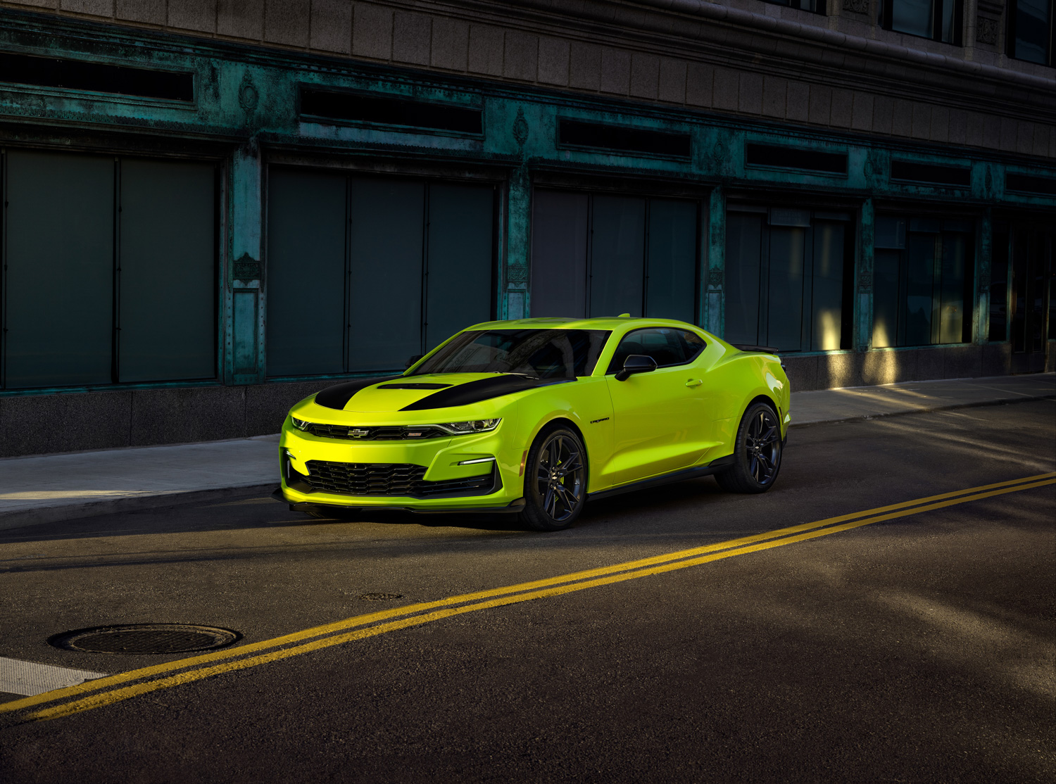 2019 Chevrolet Camaro shock yellow front 3/4