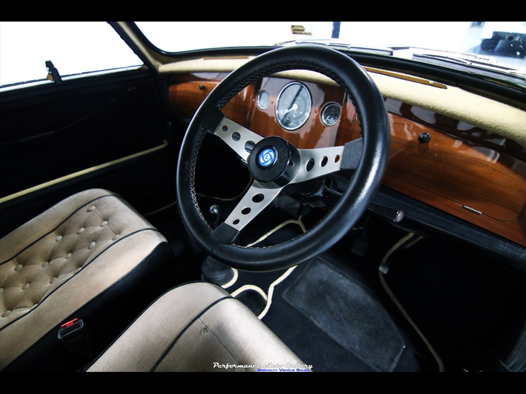 1968 Morris Mini-Minor interior