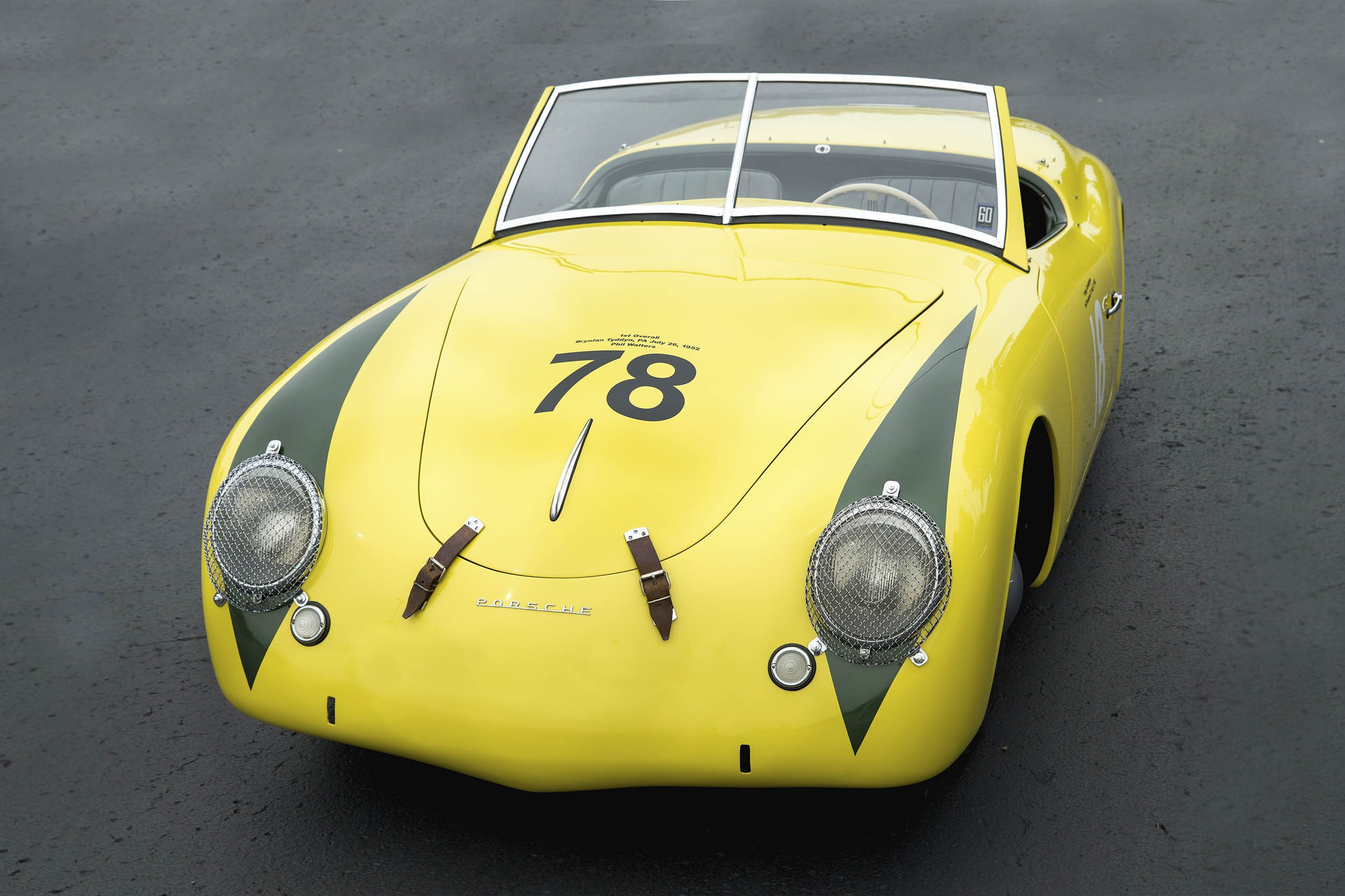 The Porsche's windshield can be replaced with a small plastic version for competition.