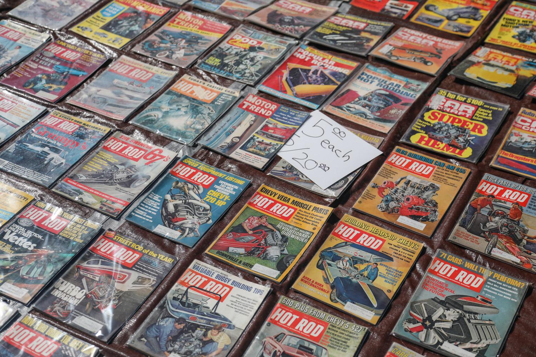 Famoso pomona swap meet vintage magazines