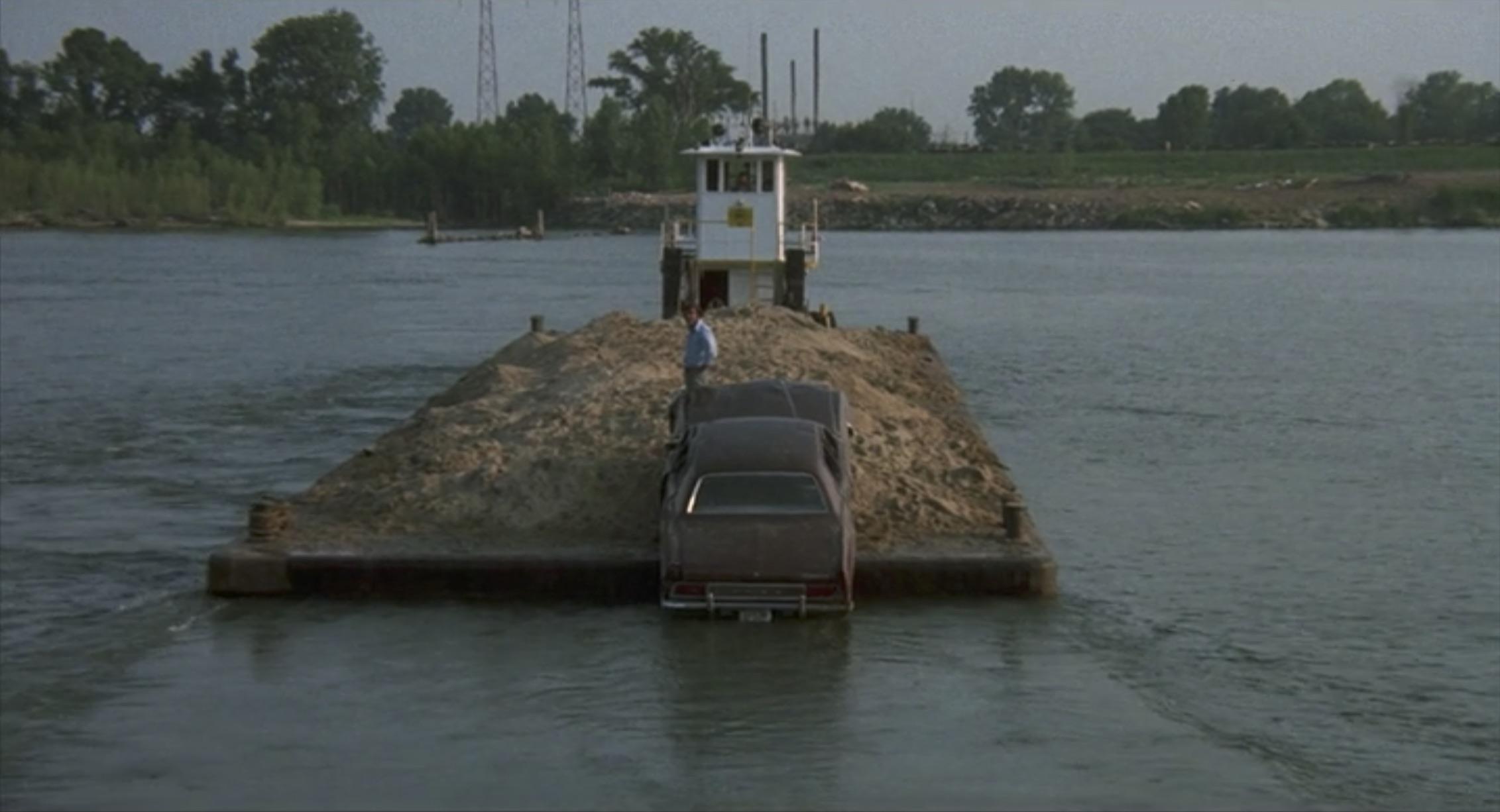 Burt Reynolds White Lightning barge landing jump