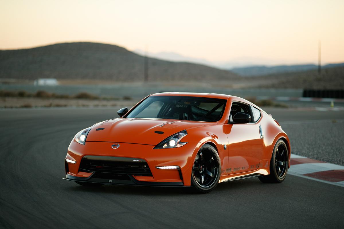 This 400-hp twin-turbo SEMA car proves the Nissan 370Z isn't dead yet thumbnail