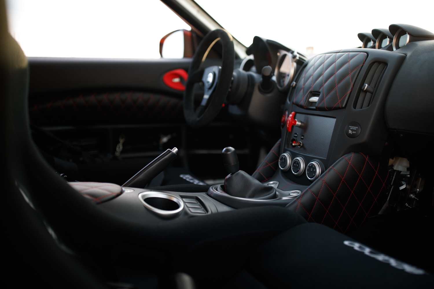 Nissan 370Z Project Clubsport 23 interior passenger side