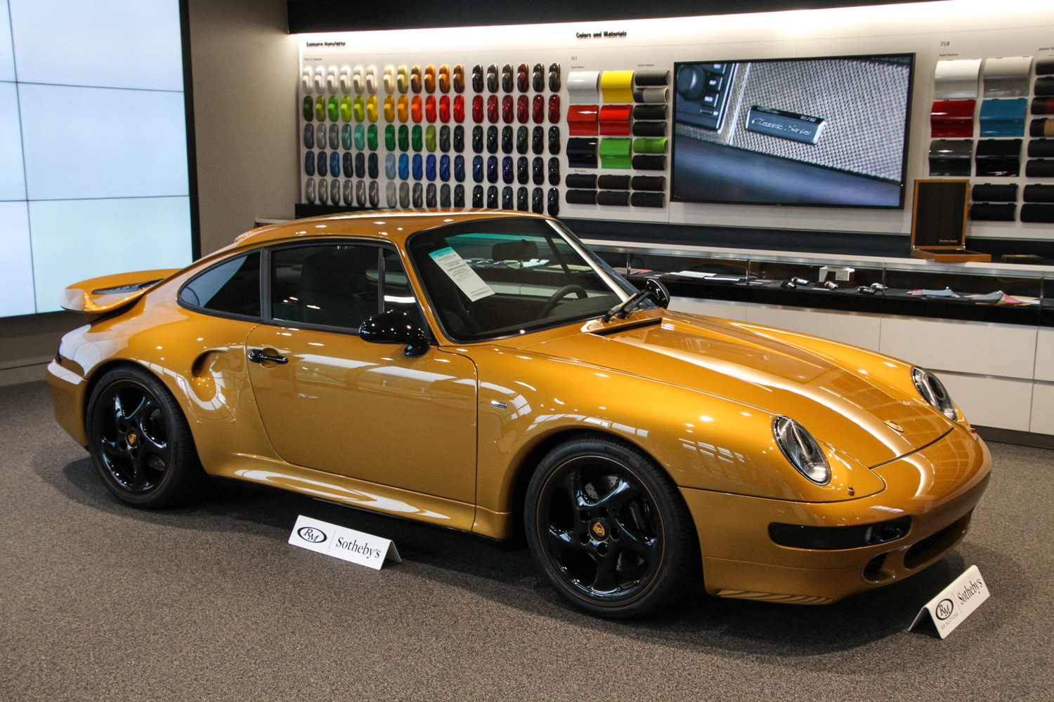 "2018 Porsche 911 Turbo ""Project Gold"" side 3/4"