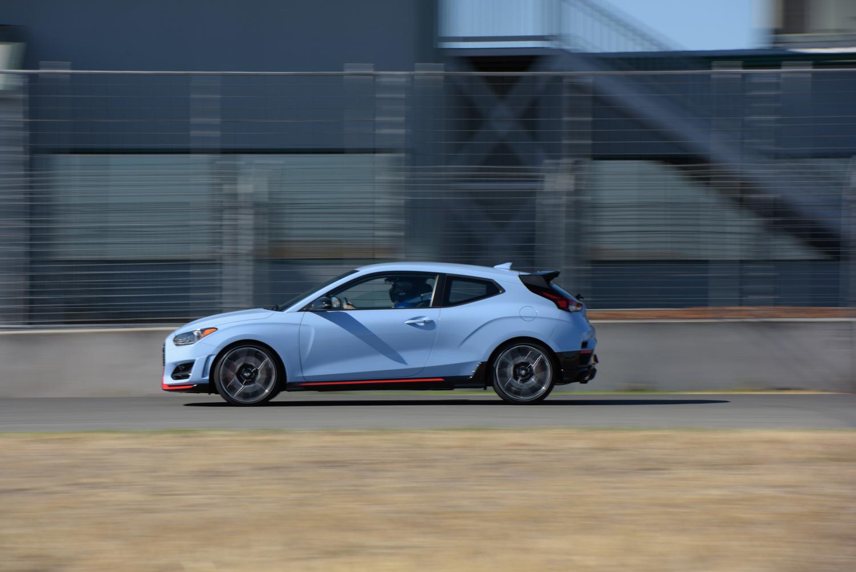 2019 Hyundai Veloster N side profile straight on