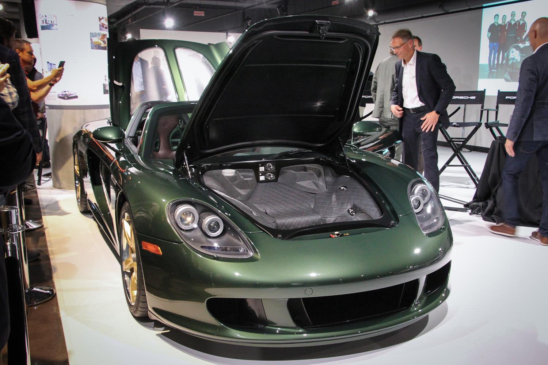 Porsche Carrera GT restoration green front 3/4 front