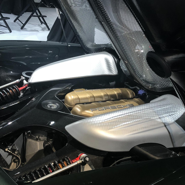 Porsche classic Carrera GT restoration green engine