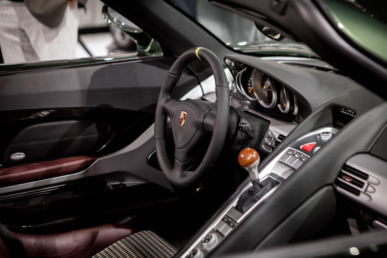 Porsche classic Carrera GT restoration interior steering wheel