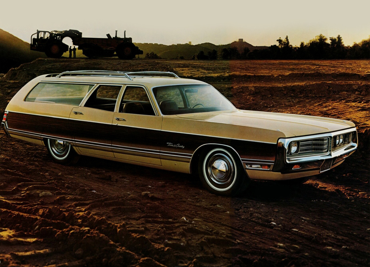 1972 Chrysler Town and Country   wagon