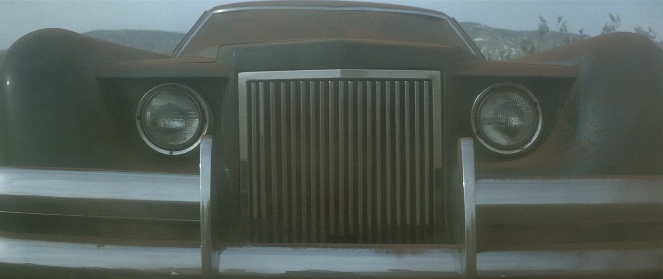 1971 Lincoln Continental Mark III grille