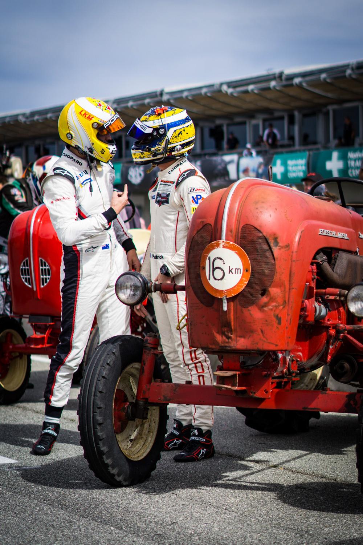 Porsche Rennsport Tractor race drivers talking