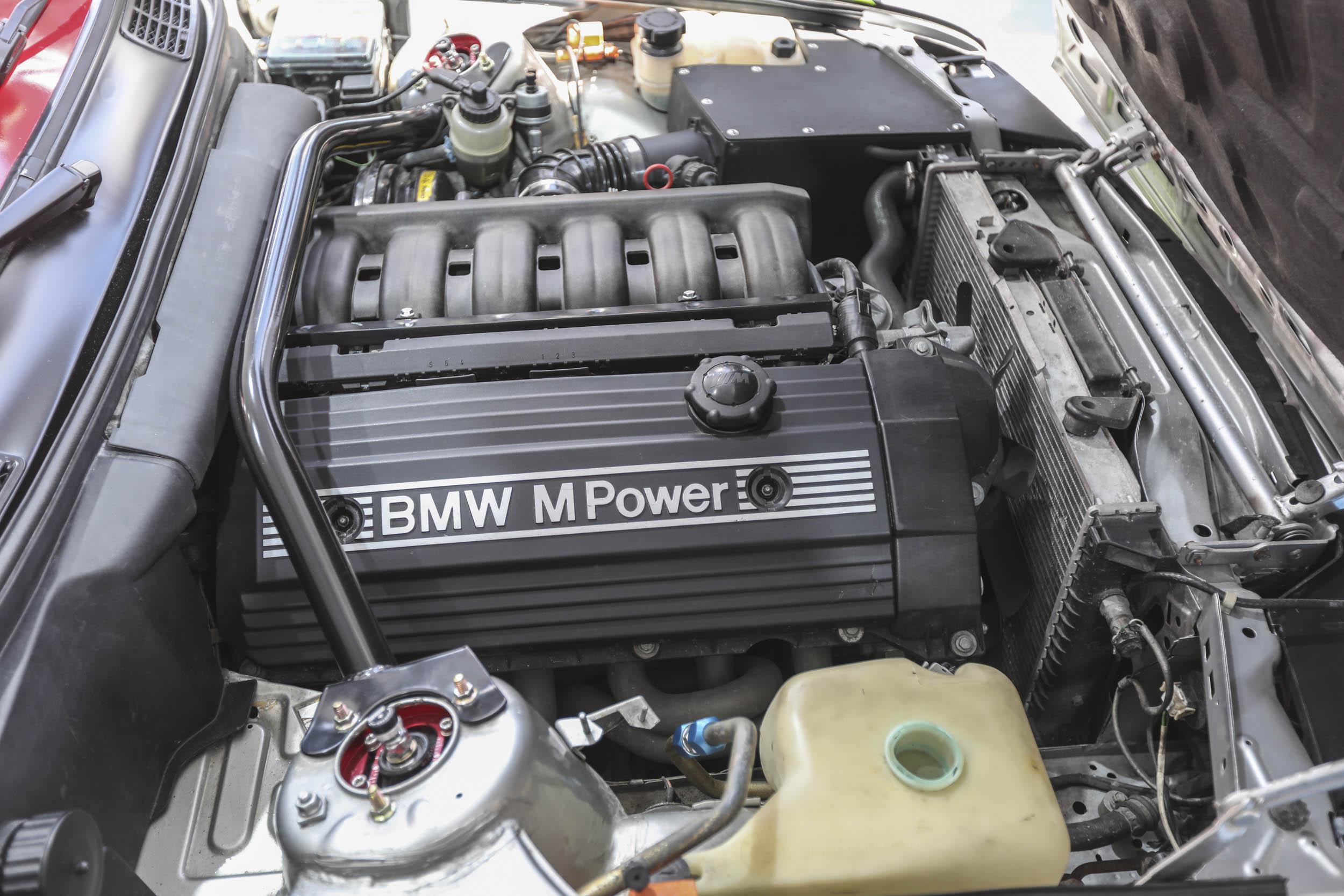 BMW M Power inline six