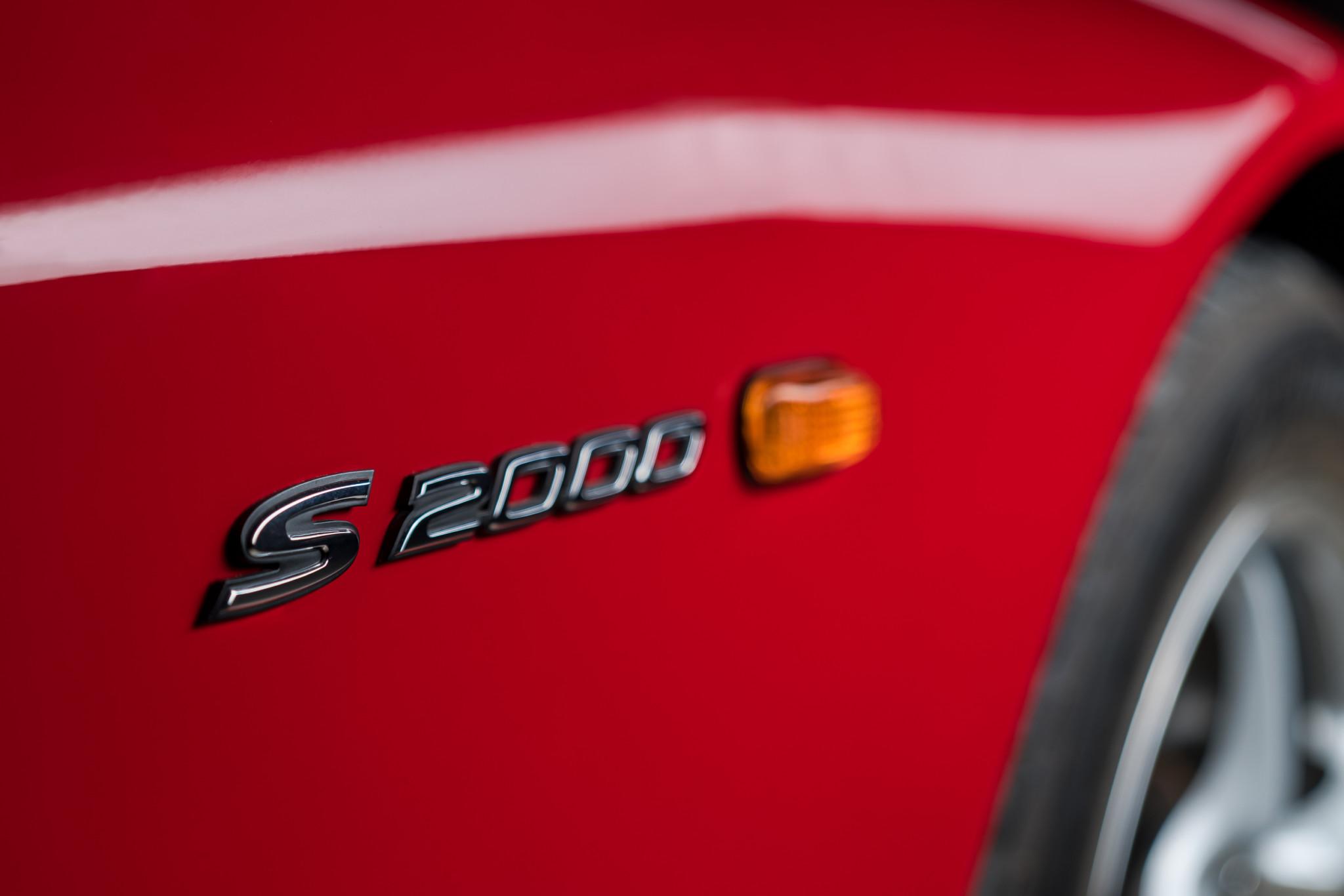 2000 Honda S2000 badge
