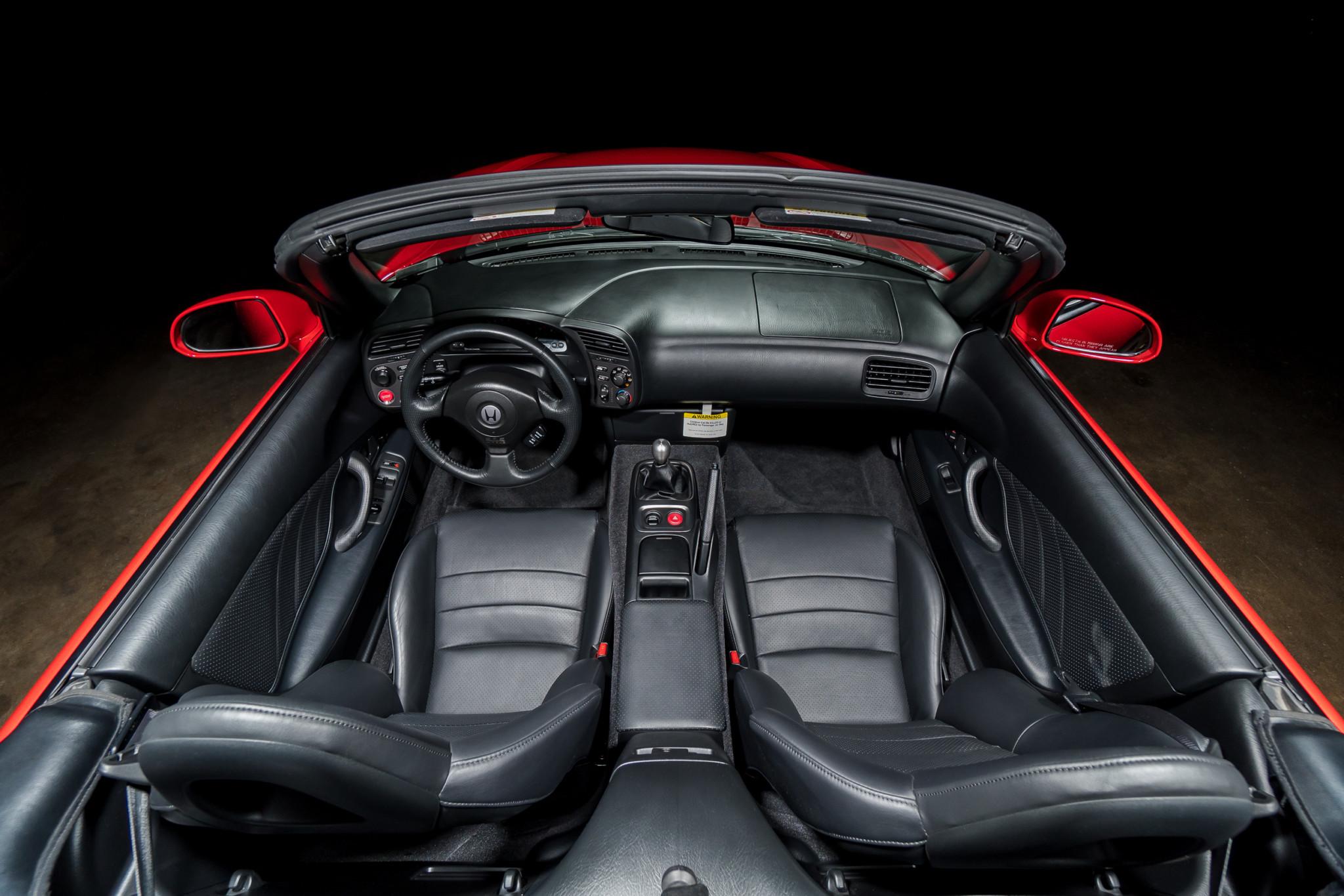2000 Honda S2000 Interior top