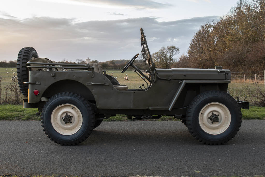 1945 Willys MB profile