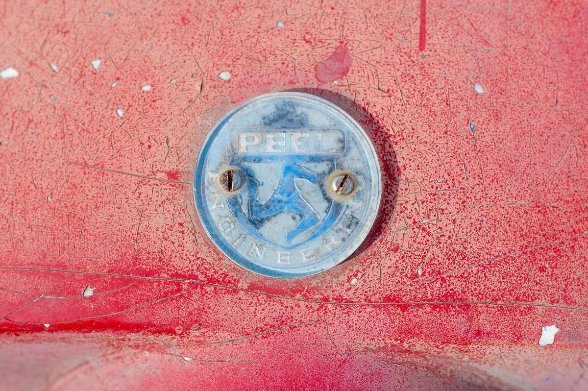 Peel P50 badge