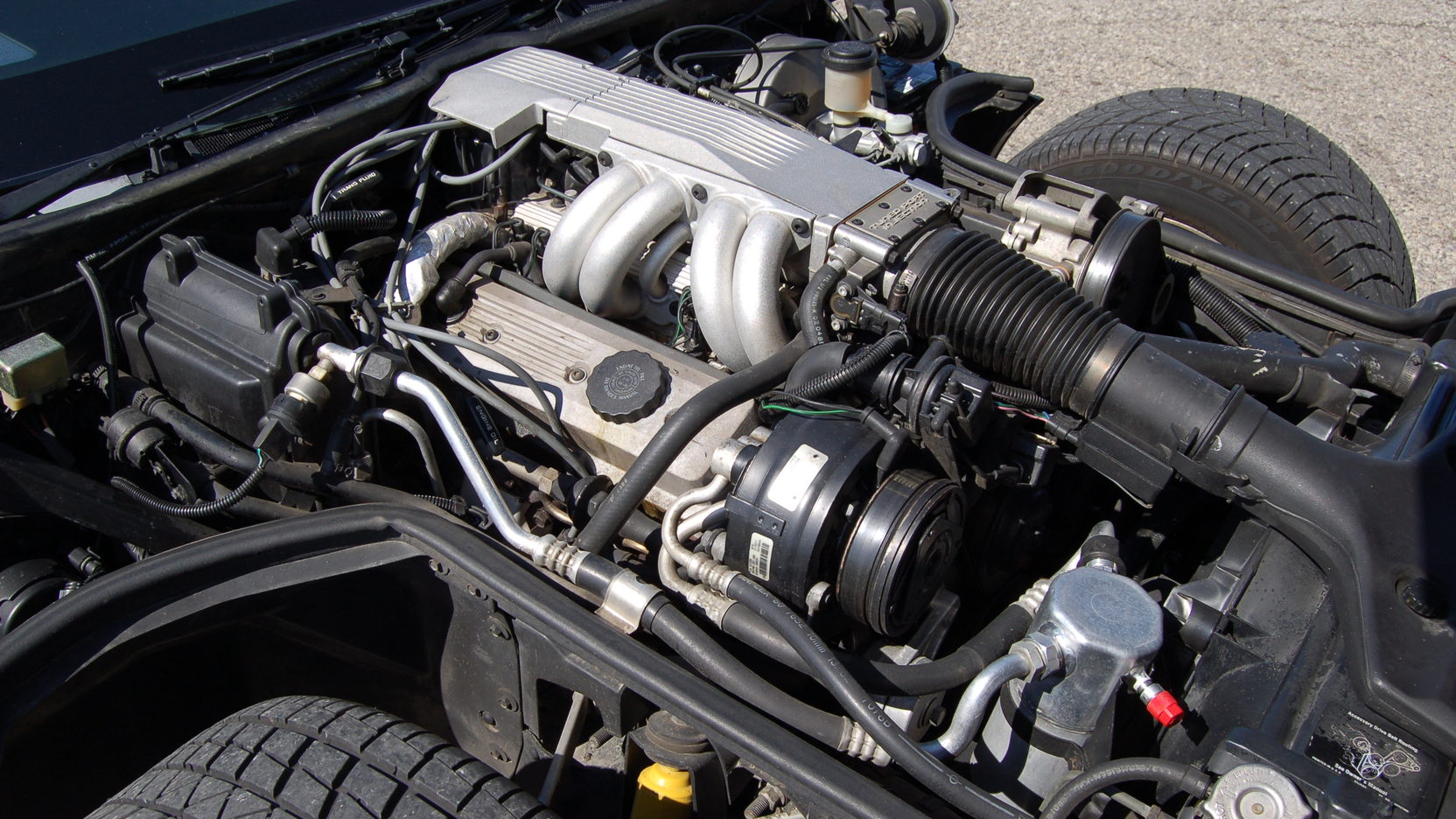 1987 Chevrolet Corvette engine