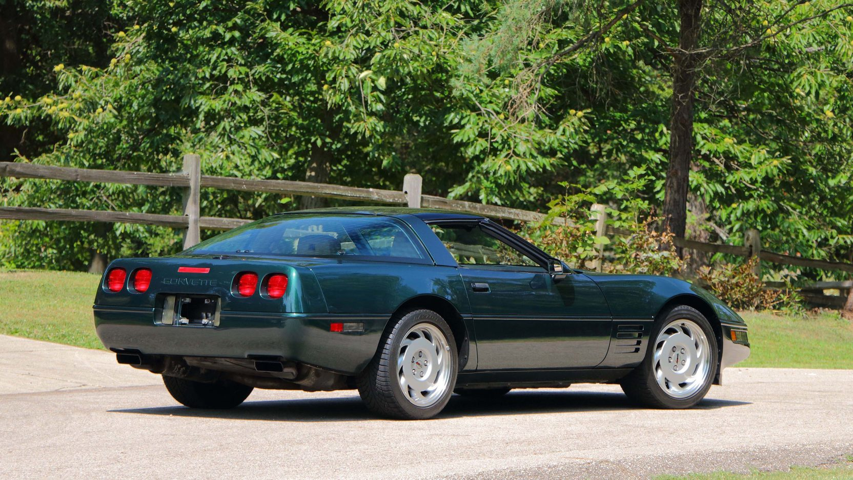 1992 Chevrolet Corvette rear 3/4