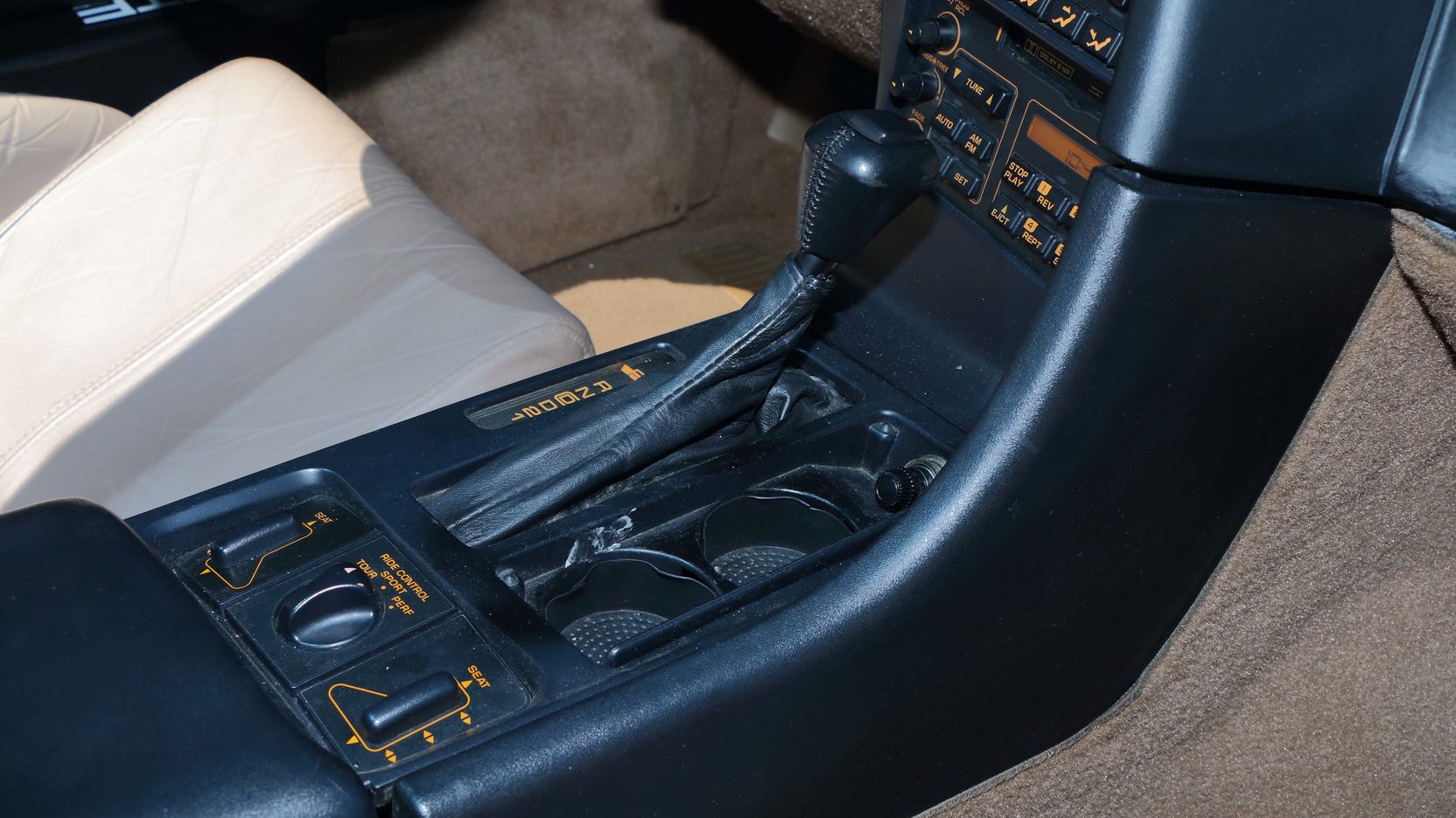 1992 Chevrolet Corvette gear shift